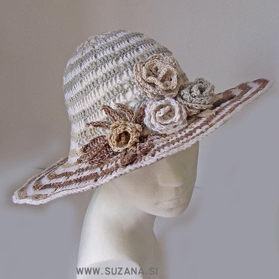 kvackan-klobuk-z-vrtnicami